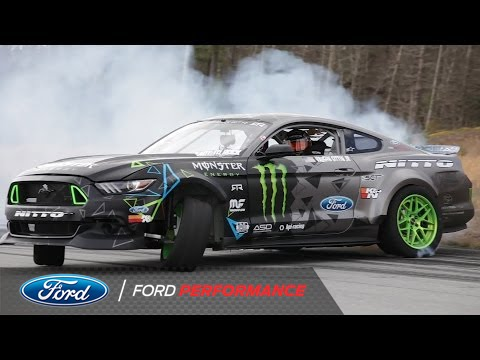 Vaughn Gittin Jr Tests His 900 Hp Ford Mustang 900
