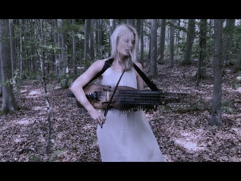 Ramund (Danish folk song) on Nyckelharpa - Myrkur