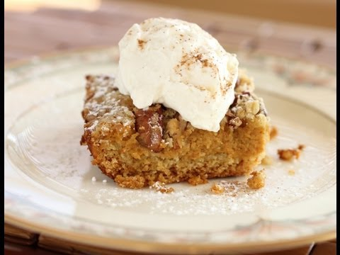 Thanksgiving Pumpkin Crumble Cake Recipe - Pumpkin Pie with a Twist!