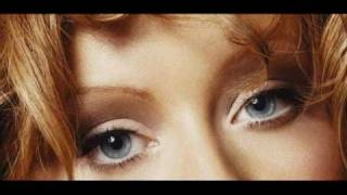 Dreamy Eyes - Christina Aguilera + Lyrics