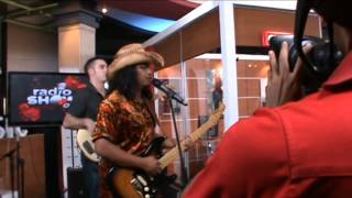 Gugun Blues Shelter - Vixen Eyes @Radioshow TV One