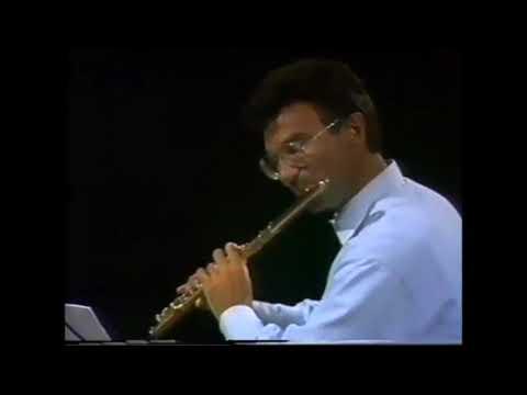 A. Nicolet, M. Debost, W. Bennett, A. Adorján, R. Wilson flutes play Kuhlau.