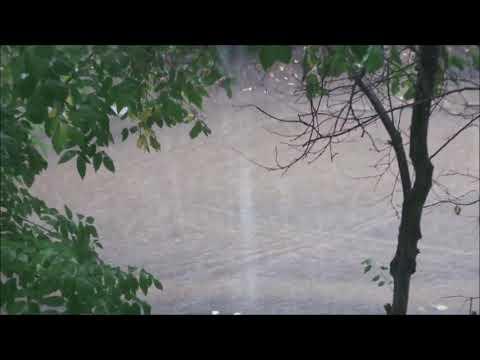 Дождь..Слова Анны Гетьман Музыка Олега Гетманского Исполнение и видеоролик Эдуарда Струсберга