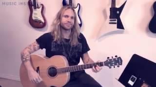 Lær at spille guitar 2/10 (DEL 2) - Sådan bruger du en guitar tuner | Music Institute