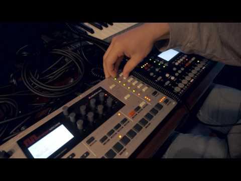 Ioann Drone – Live techno