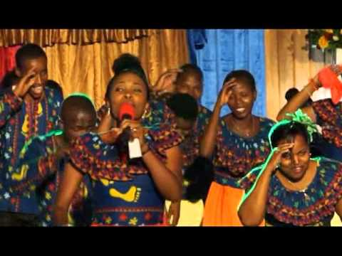EFATHA MINISTRY MASS CHOIR 2015 - BWANA U MWEMWA