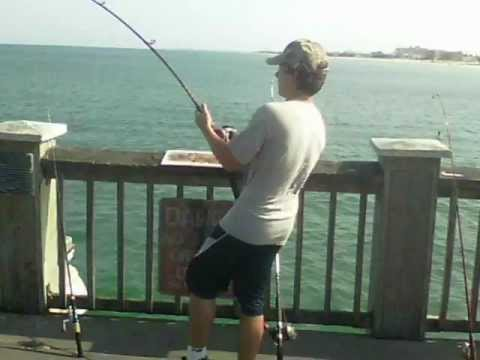 Clearwater pier 60 fishing quick reels youtube for Fishing clearwater fl