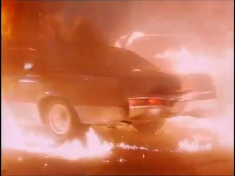 Private Wars (1993) Car Crash