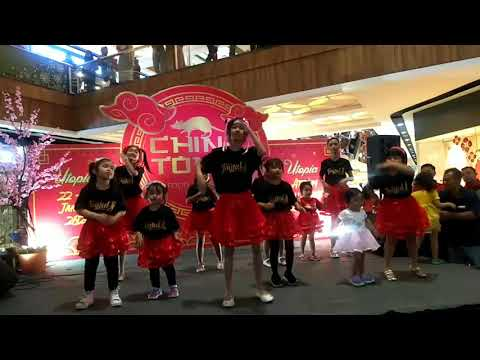 Biba Lesha Menari Di Citra Land Mall Semarang Bersama Teman Teman Joyfull