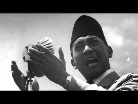 Bangun pemuda pemudi lagu nasional