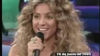 Shakira juego de palabra con canciones en otro rollo