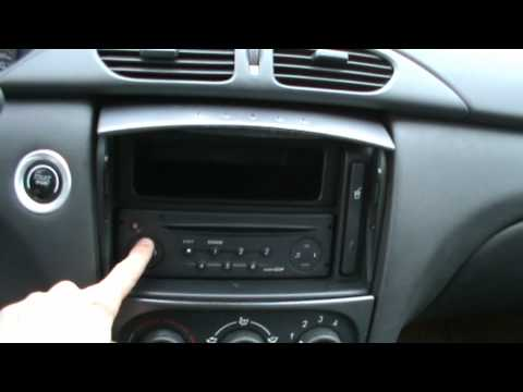 2001 Renault Laguna Dynamique 1.6 16V  Review,Start Up, Engine, and In Depth Tour