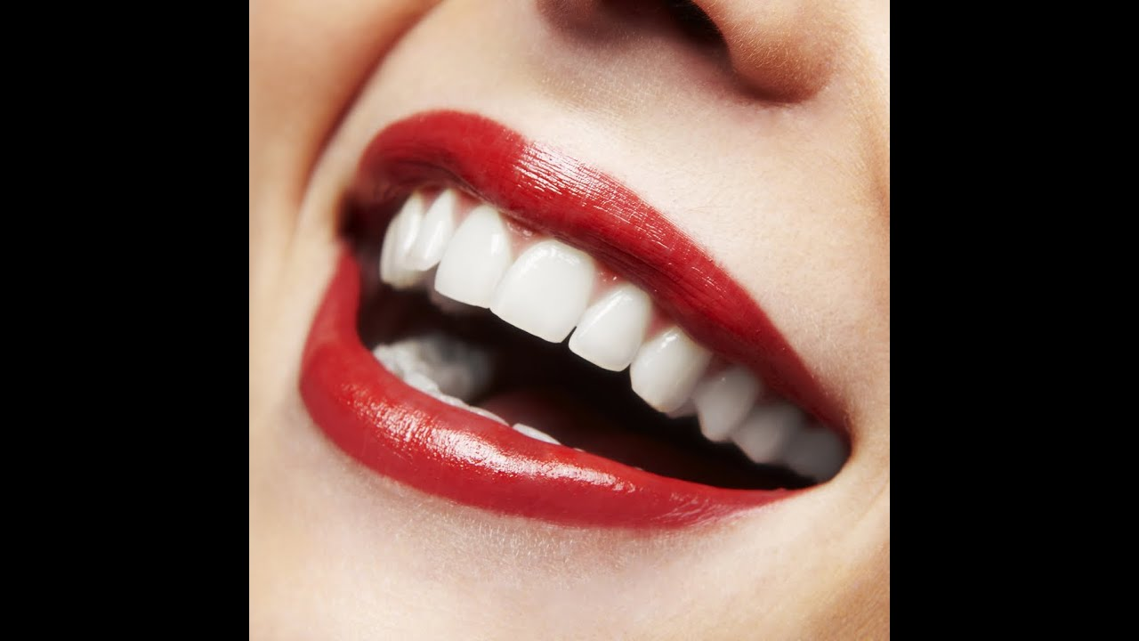 2 Dakikada Bembeyaz Dişlere Sahip Olun