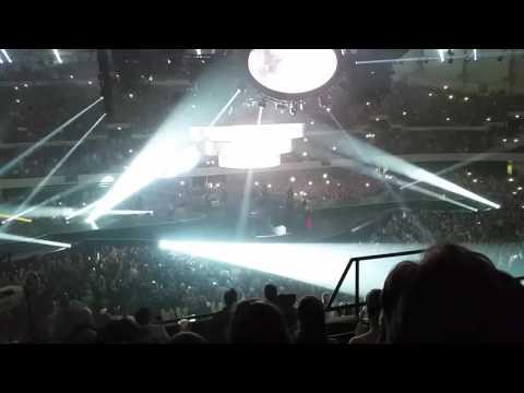 Carrie Underwood opening Hampton Va 2-20-2016