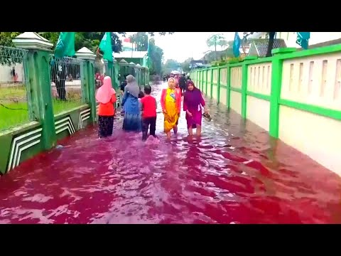 Red Water Floods Indonesian Village