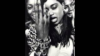 Oumou Sangare - Diaraby Nene (manic static thlow)