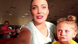 FUGIM de POLITIA RUTIERA   Melissa la VOLANUL MASINII   Video Pentru COPIIVIv