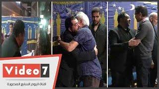 أيتن عامر و سامح الصريطى و أحمد عيد فى عزاء و الد طارق عبد العزيز
