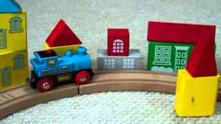 Wooden Battery Trains On A  Thomas The Tank Engine Large Wooden Train Track Kids Toy Train Set
