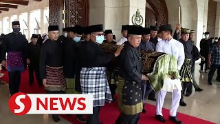 Brunei buries Prince Azim, son of Sultan Hassanal Bolkiah