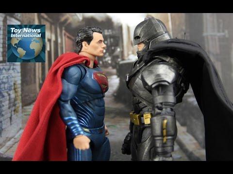 "DC Collectibles 7"" DC Films Batman v Superman: Dawn Of Justice Superman Figure Review"