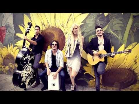 Jenny and The Mexicats - Flor (Vídeo Oficial)