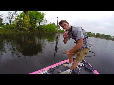 This Could be the BEST Bass Fishing setup EVER!!