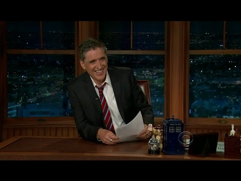Late Late Show with Craig Ferguson 3/5/2012 Courtney Cox, Louie Anderson