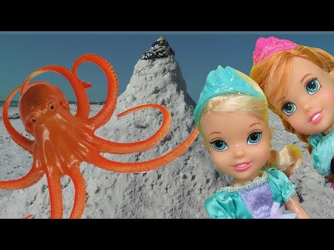 Thumbnail: OCTOPUS ENCOUNTER ! ELSA & ANNA toddlers play around and in the SANDCASTLE! Beach Ocean Adventure