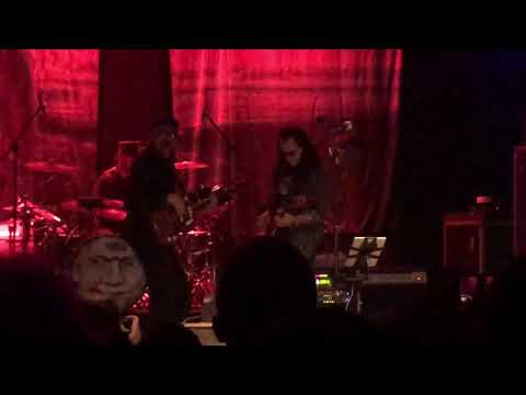 Morgen - Geddy Lee Joins Les Claypool & the Crowd Goes Wild!