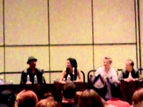 Warren Christie and Laura Mennell @ Space Panel (FanExpo2011)