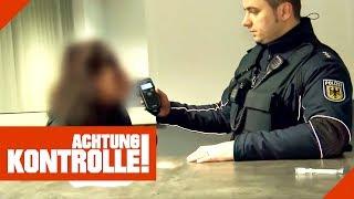 Promille-Eltern nachts mit Kind unterwegs! Polizei informiert Jugendamt! 2/2 | Achtung Kontrolle