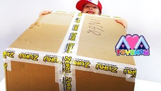 Biggest toy box from Zuru toys on Ava Toy Show