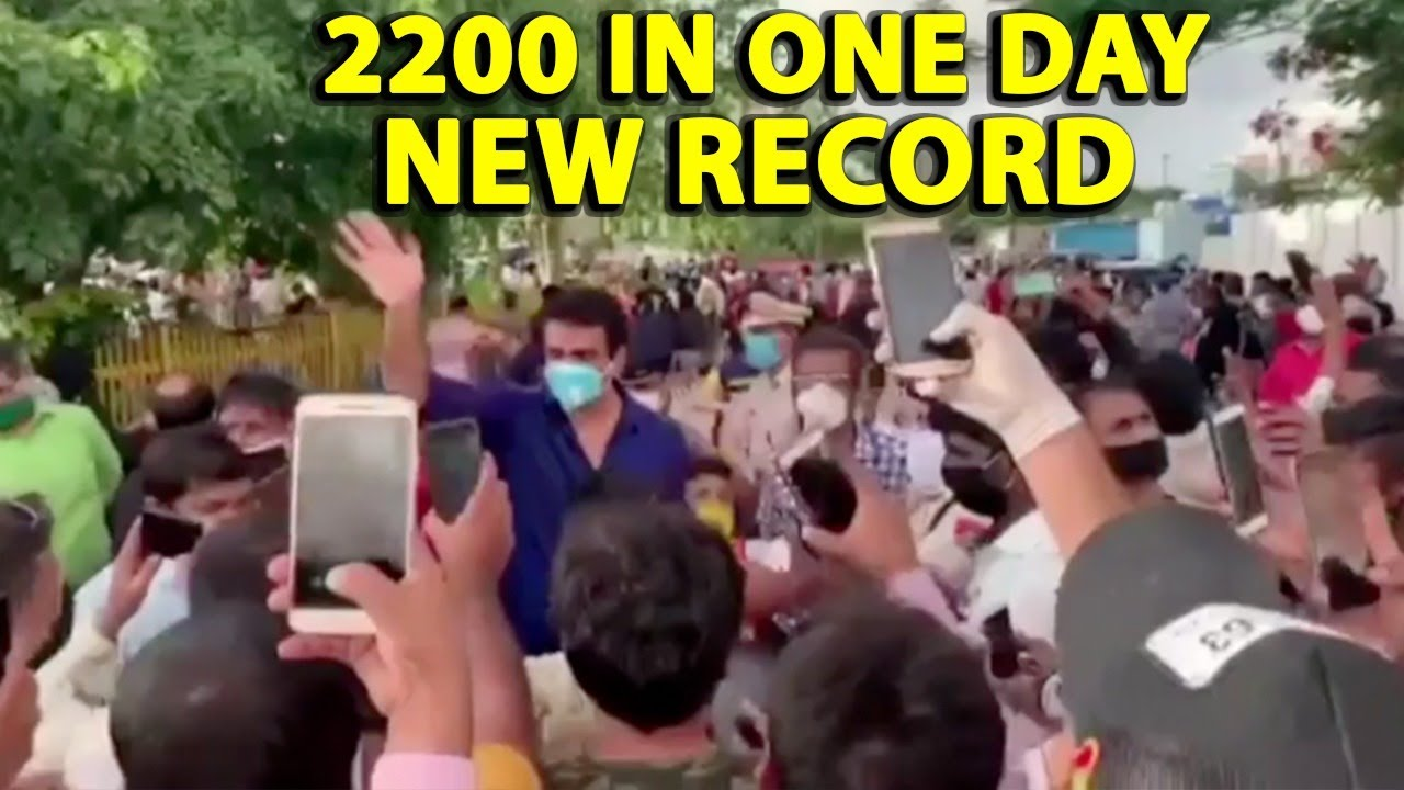 Sonu Sood breaks his own record sends 2200 Migrants in one day, Watch Full Video