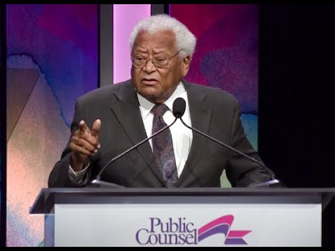 Rev. James M. Lawson, Jr. Accepts the 2017 William O. Douglas Award