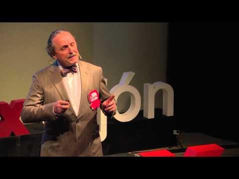 El retraso de la maternidad   Carlos García-Ochoa   TEDxGijon