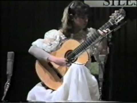 Rare Guitar Video: Nicola Hall plays Mertz Hungarian Fantasy