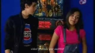 Ray ( Alex speitzer) le pide a  Amaya ( samadhi ) que sea su novia