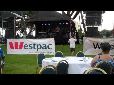 Fiji Jazz and Blues 2011 - Laisa Vulakoro with Warwick 'Electrolux' Murray