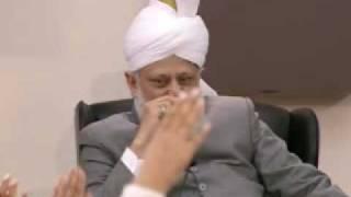 Bustan-e-Waqfe Nau Class: 20th February 2010 - Part 2 (Urdu)
