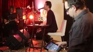 Scott Weiland & The Wildabouts with the X32