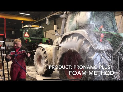 Fendt Tractor Cleaning 100% Non Contact 100% Scratch Free | Fendt Agri Cleaning With Nano Technology