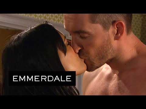 Emmerdale - Priya Kisses A Shirtless Pete