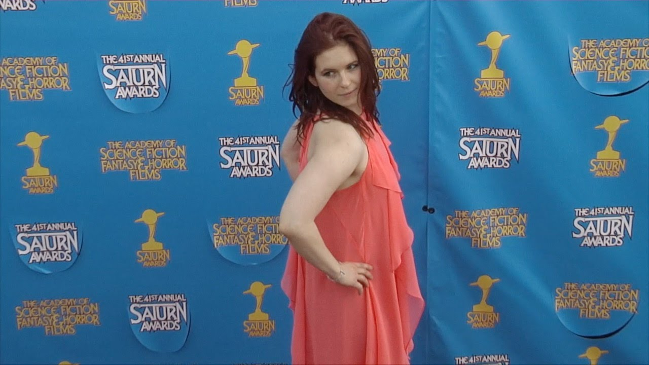 Magda Apanowicz Continuum 41st Annual Saturn Awards Red Carpet Youtube En 2013, apanowicz apareció como emily en la serie continuum. magda apanowicz continuum 41st annual saturn awards red carpet