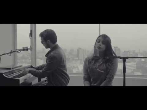 Corre - Jesse & Joy  (Reny Champs - COVER)