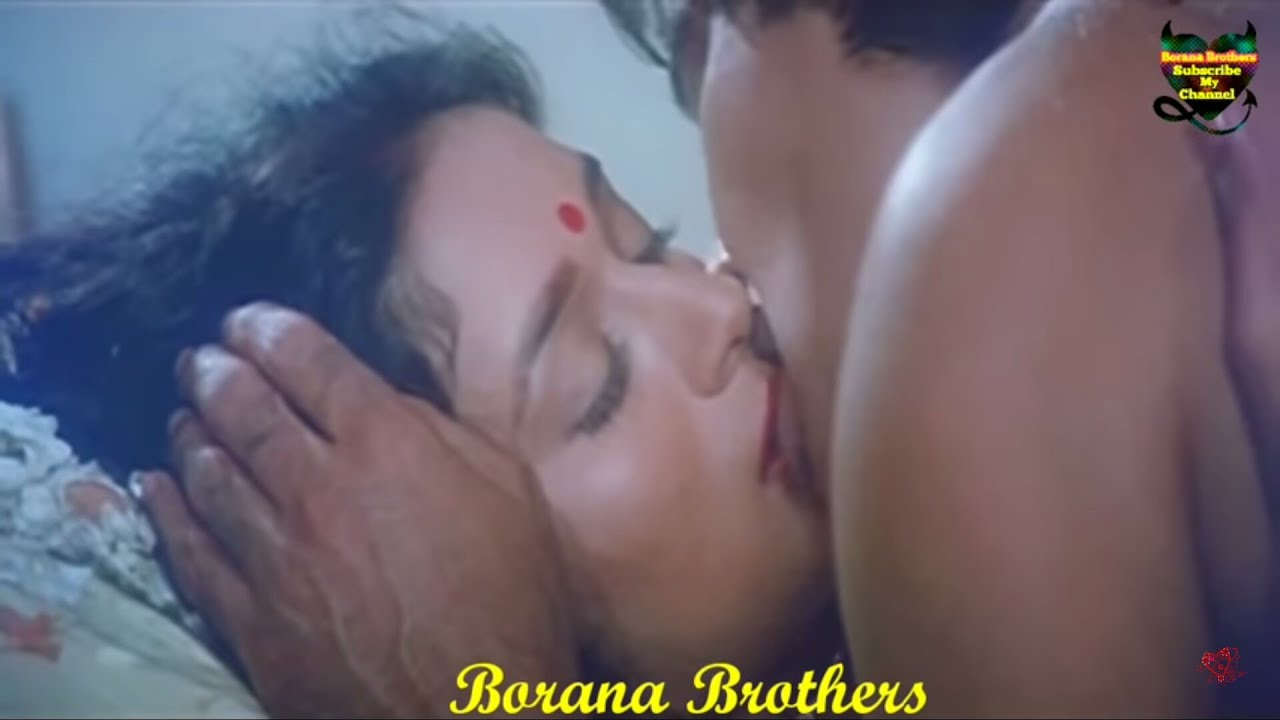 Madhuri Dixit Kissing Videos