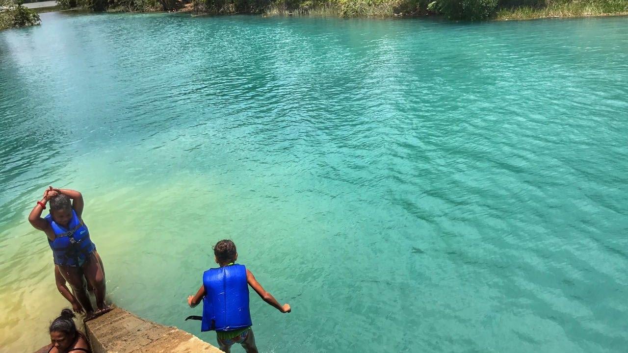 A lagoa azul - 3 9
