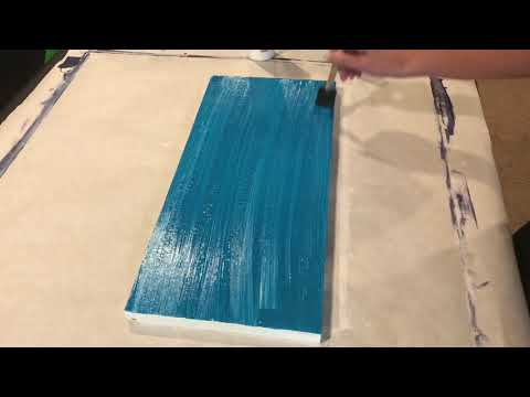 Using the PVPP (paint, vinyl, paint, peel) method to make wood signs