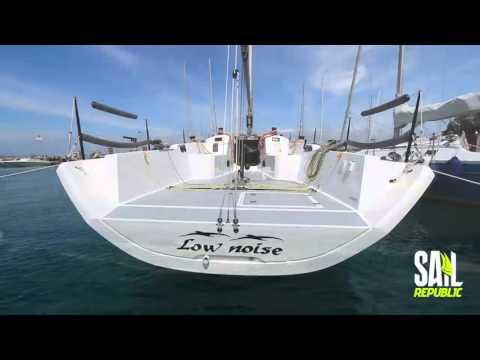 Italia Yachts 9.98 Test Sail Republic Magazine