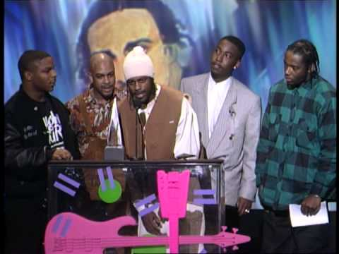 Naughty By Nature Wins Favorite Rap New Artist - AMA 1992